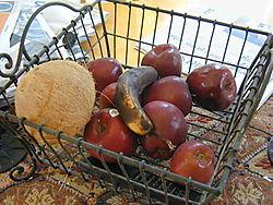 Fruitbasketblackhole 001